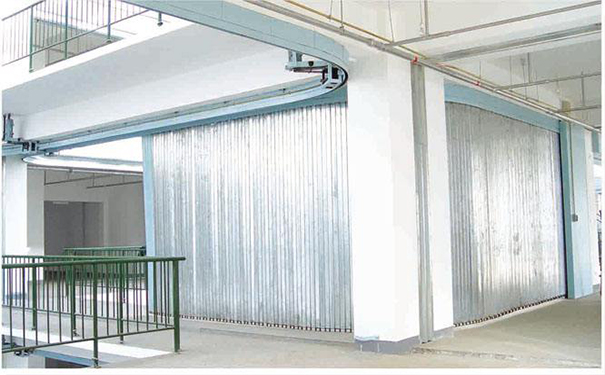 Lateral steel fire shutter door