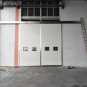 中型仓库钢制平移门
